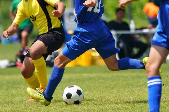 Fußballspieler beim Ausüben des Sports