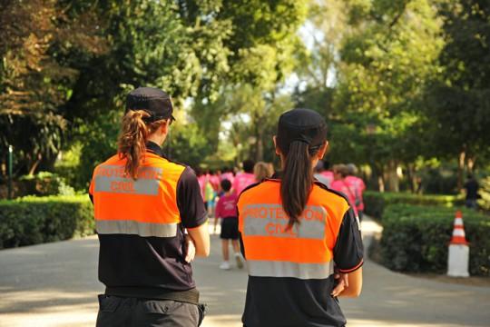 Sicherheitspersonal bei einer Katastrophenschutzübung der Protection Civil